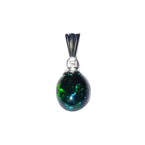 flat-black-opal-pendant-02